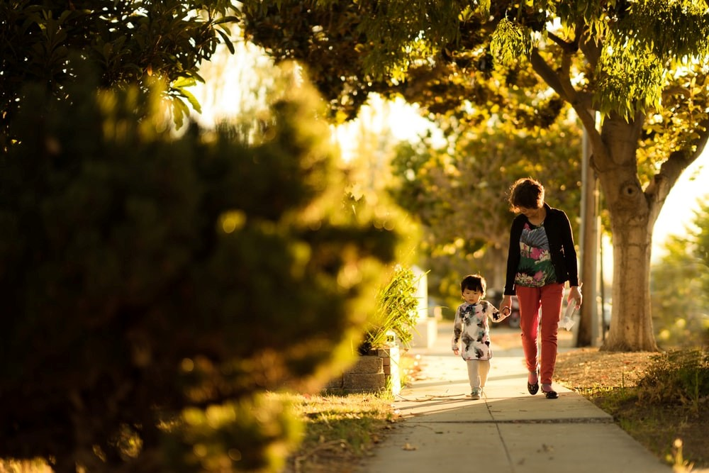 10 things to look for when selecting new neighborhood